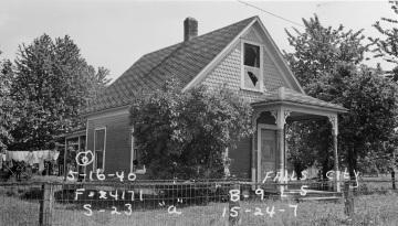 Ronnei-Raum House, 1940